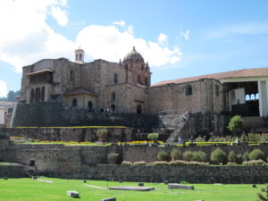 Das Kloster Santo Domingo auf den Grundmauern des Sonnentempels
