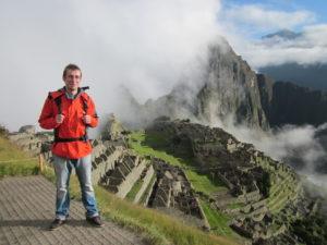 Peru ist ein sehr beliebtes Reisziel für Backpacker in Südamerika. Eine der vielen Gründe ist auch das legendäre Machu Picchu
