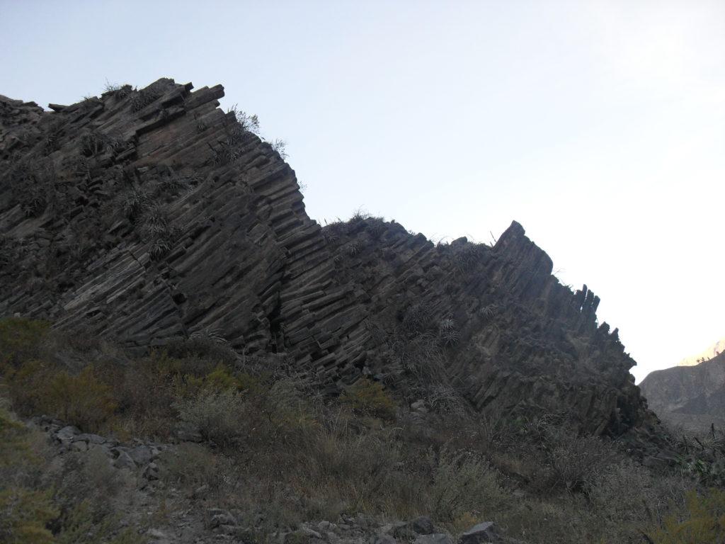 Überall im Canyon trifft man auf Basalte.