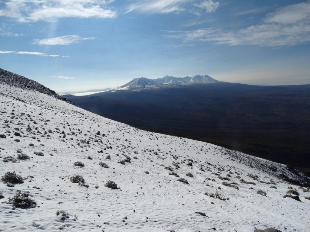 Wunderbare Aussicht! Der Chachani ist mit 6.057 m die höchste Erhebung der Cordillera Volcanica von Südperu